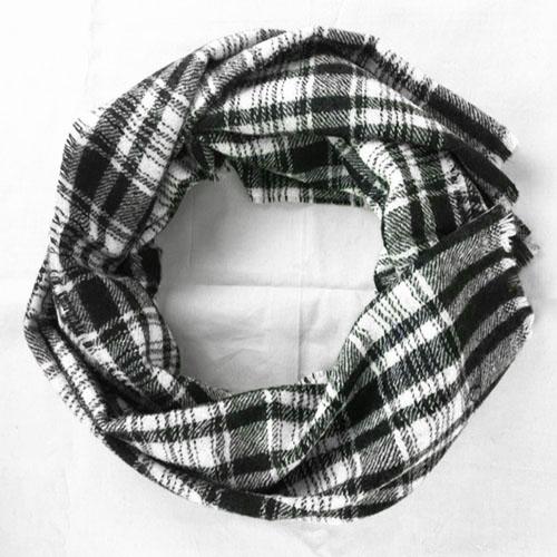 Sciarpa Quadrati Bianco e Nero